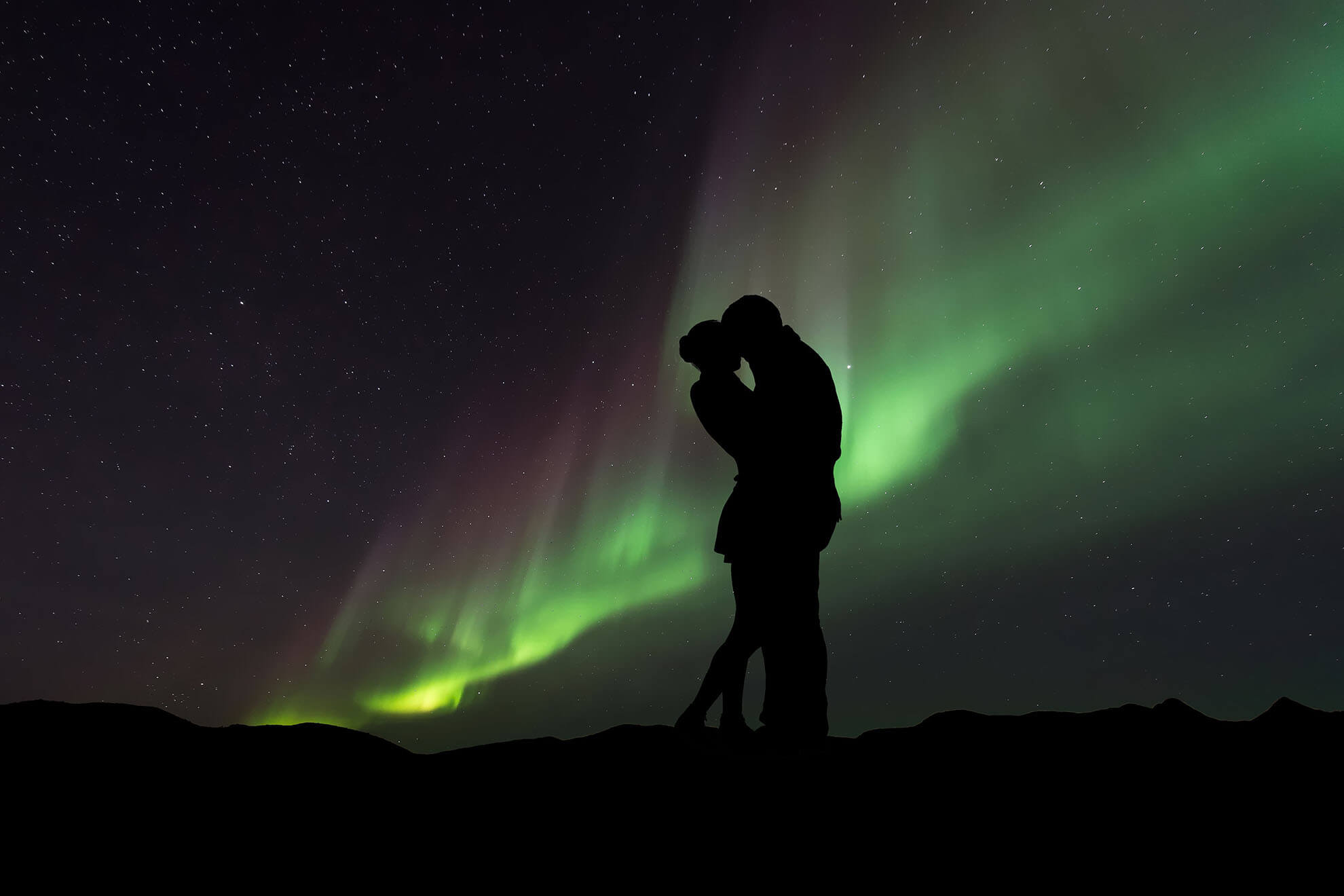 northern lights couple